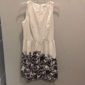 Dresses & Skirts - Ann Taylor Loft dress nude with black floral